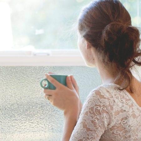 Statisk dekorfolie i frostet og dråper, du beholde dagslyset og hindrer innsyn.