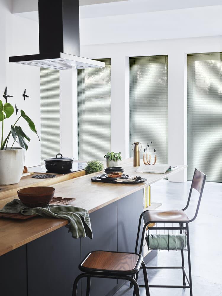 Persienner gir deg det riktige lysinnslipper på kjøkkenet